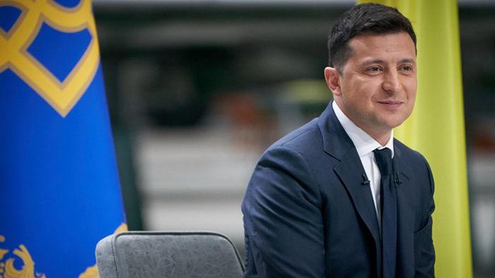 Зеленский пообещал увеличить расходы на образование