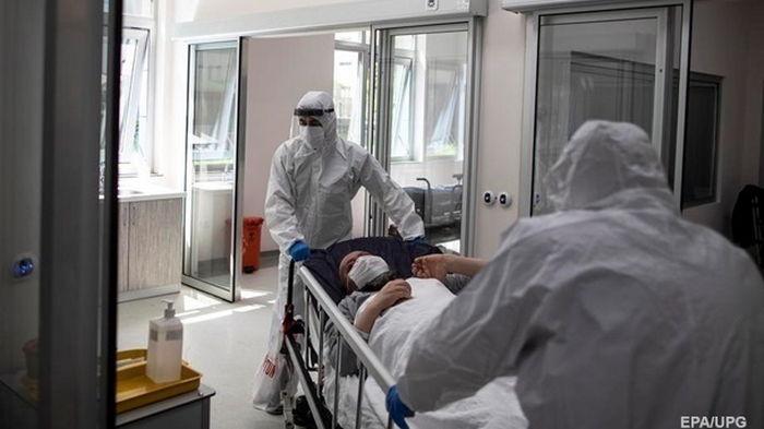 В Украине замедлился прирост новых COVID-случаев