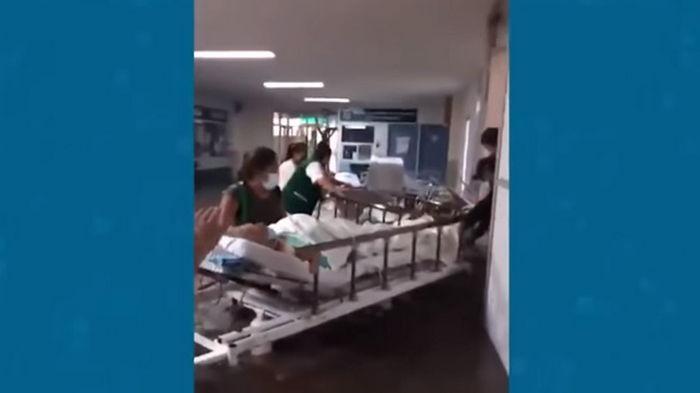 В Мексике 16 пациентов умерли из-за отключения кислорода (видео)