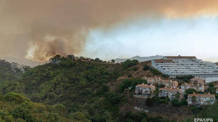 На испанском курорте масштабный лесной пожар, есть жертва
