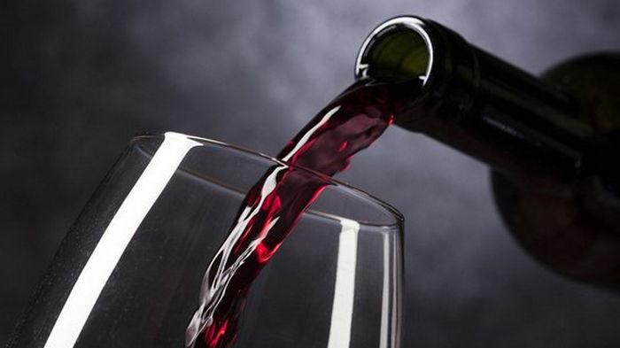 Минэкономики предложило повысить цены на алкоголь