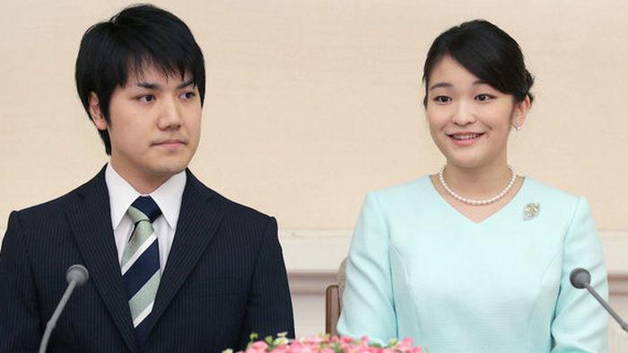 Японская принцесса Мако выходит замуж, отказывается от статуса императорской семьи и денег
