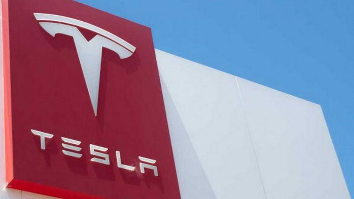 Tesla выплатит бывшему сотруднику более 130 млн долларов за расизм на работе