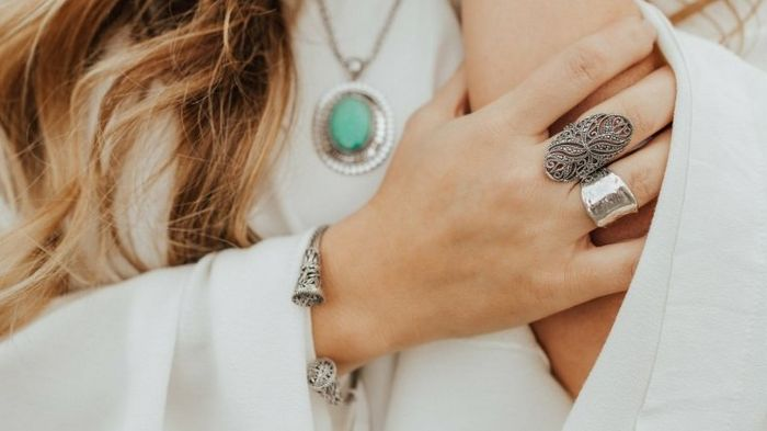 Ювелирные серебряные изделия, которые всегда будут модными