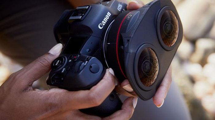 Canon представила необычный двуглазый объектив